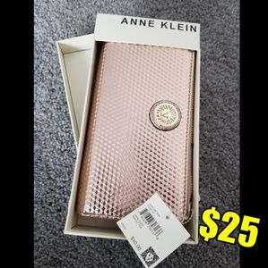 Anne Klein clutch wallet